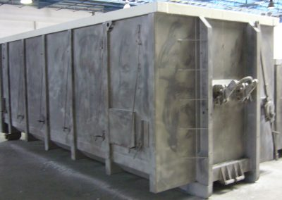 LARGE-CAPACITY CONTAINER